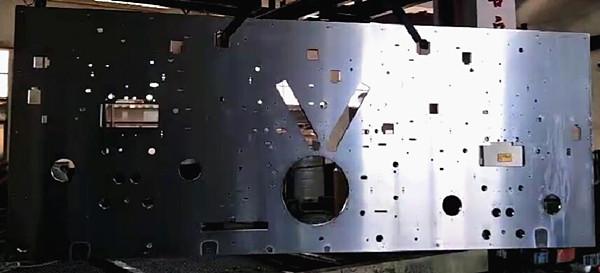 大型龙门电脑锣加工-设备大板